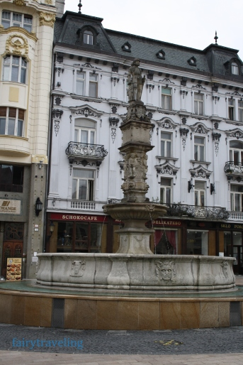 bratislava_fountain