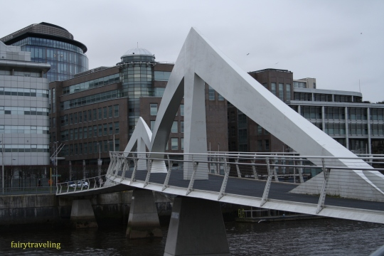 Broomielaw-Tradeston bridge